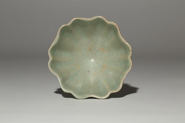 龍泉從茶、噴鼻、文房、陳列之器,看龍泉青瓷在宋元明期間的成長