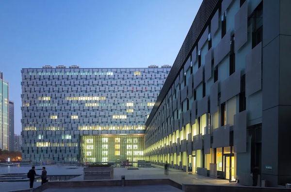 城市公共医疗中心的建筑与设计,如何面向未来